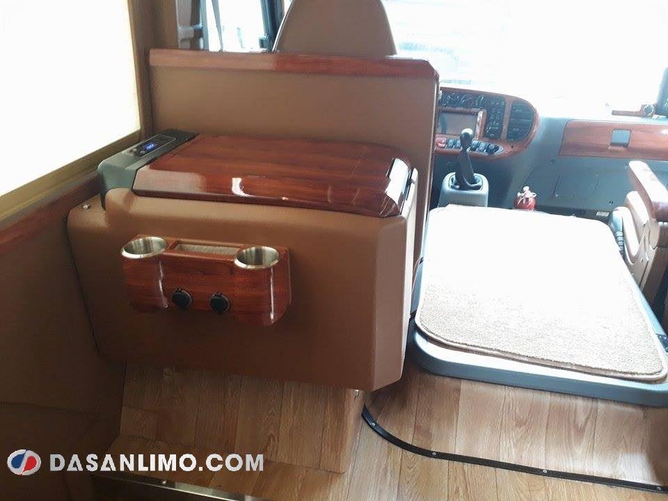 Xe limousine SKybus Đà Lạt đi Buôn Mê Thuột - xe Phúc Hải
