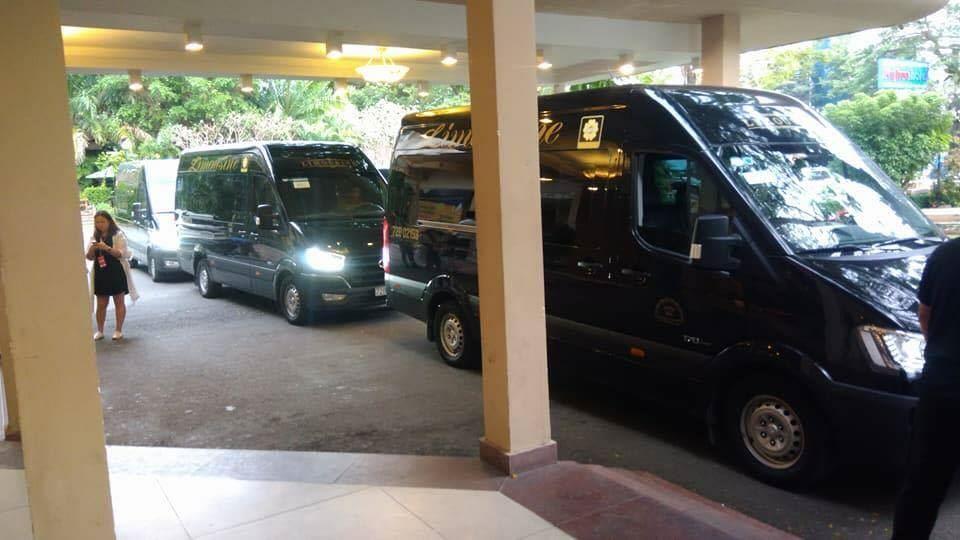 Dàn xe limousine của Dasan Limousine đồng hành cùng MAMA 2017
