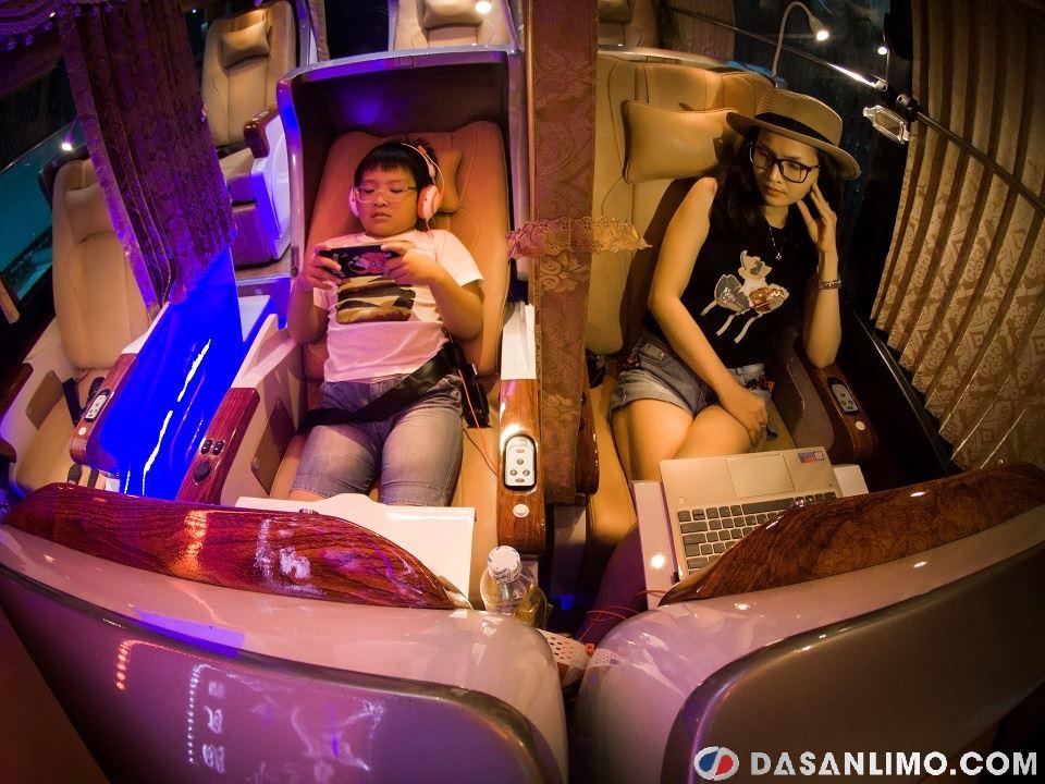 SKYBUS GOLD - xe Limousine ghế nằm