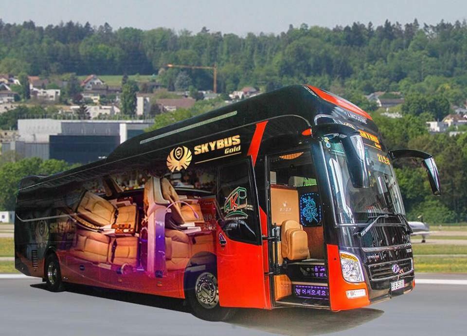 SKYBUS GOLD - universe limousine ghế nằm