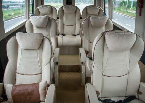 Solati Limousine 9 chỗ thương mại 2
