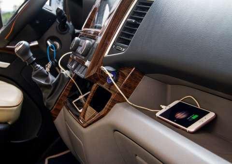 Khoang lái Solati Limousine 12 ghế VIP