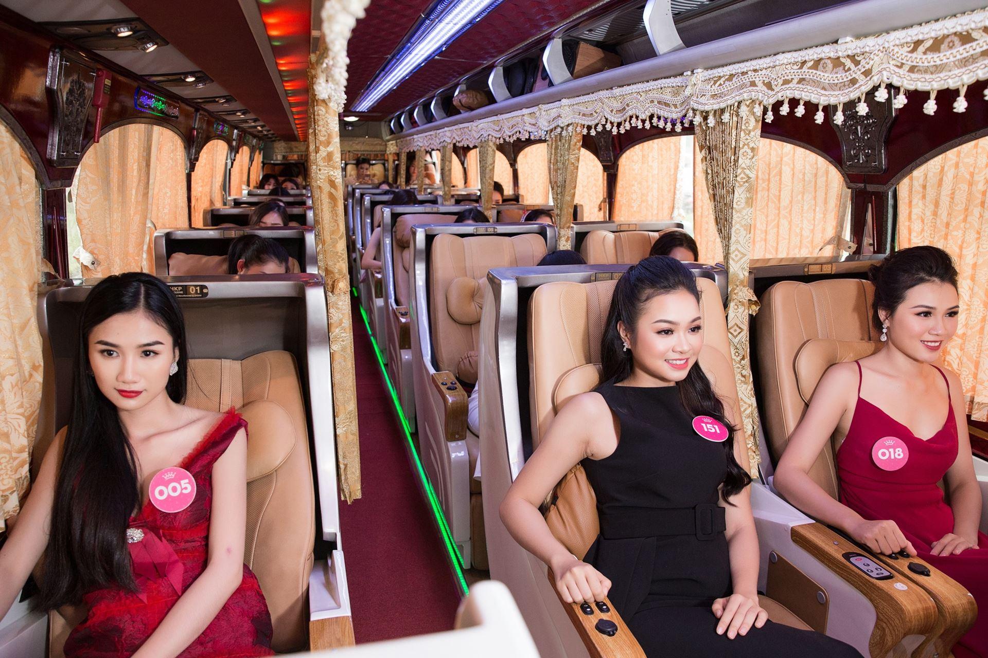 HHVN trên xe limousine SKYBUS
