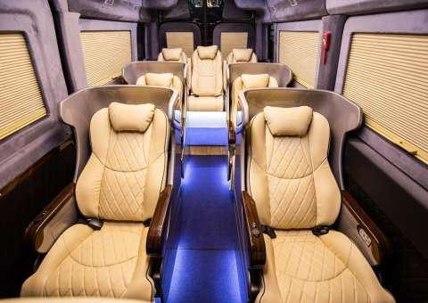 Skybus Limousine Solati XLE