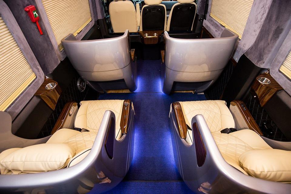 Nội thất Skybus Solati XLE ghế điện