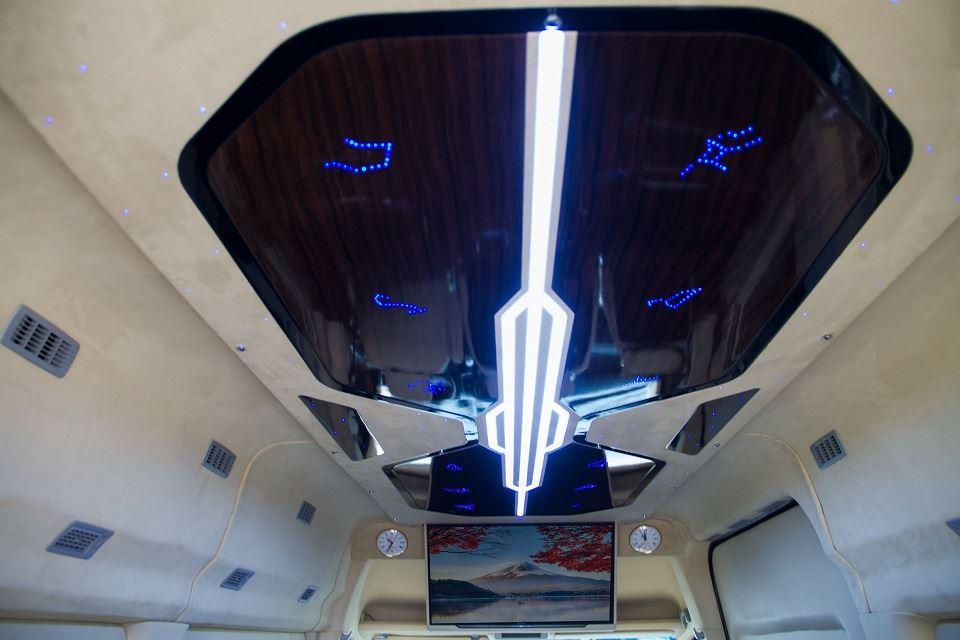 Đèn trần Solati Limousine 10 chỗ