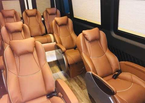 Solati Limousine Xs 10 chỗ thương mại 7