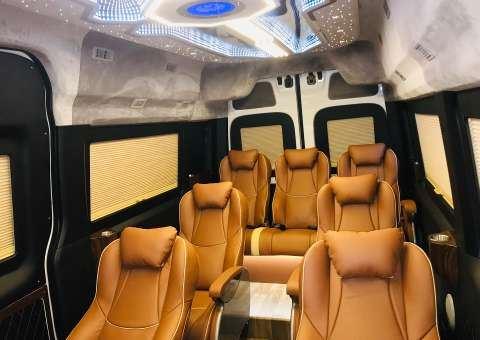 Solati Limousine Xs 10 chỗ thương mại 6