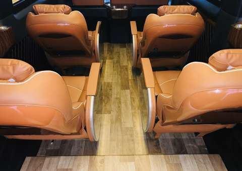Solati Limousine Xs 10 chỗ thương mại 9