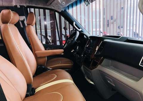 Solati Limousine XS 10 chỗ thương mại 16