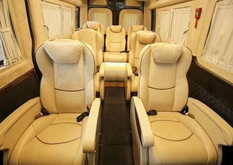 Solati Limousine Xs 10 chỗ thương mại 1