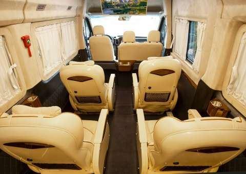 Solati Limousine Xs 10 chỗ thương mại 2