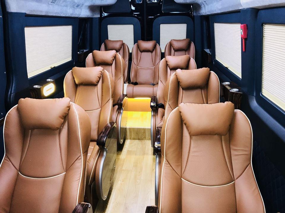 Solati Limousine SKYBUS 12 chỗ Buôn Mê Thuột