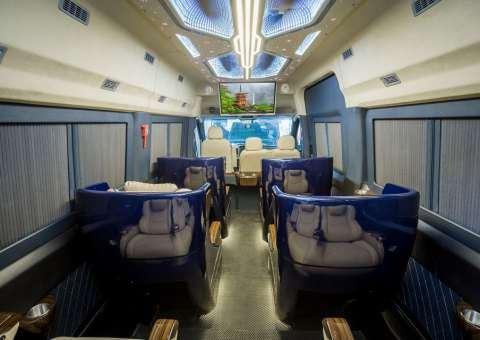 Solati Limousine ghế điện Skybus Solati Bold 5