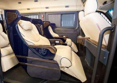 Solati Limousine ghế điện SKYBUS Bold 3