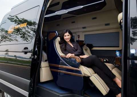 Skybus Solati Limousine Limited 2019
