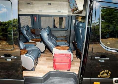 Solati Limousine 12 chỗ SKYBUS Solati PRO 8