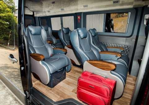 Solati Limousine 12 chỗ SKYBUS Solati PRO 6