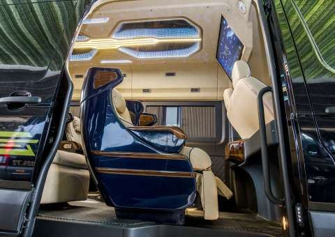 Solati Limousine ghế điện Skybus Solati Bold