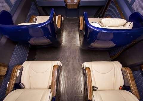 Solati Limousine 10 ghế VIPs SKYBUS solati BOLD 3
