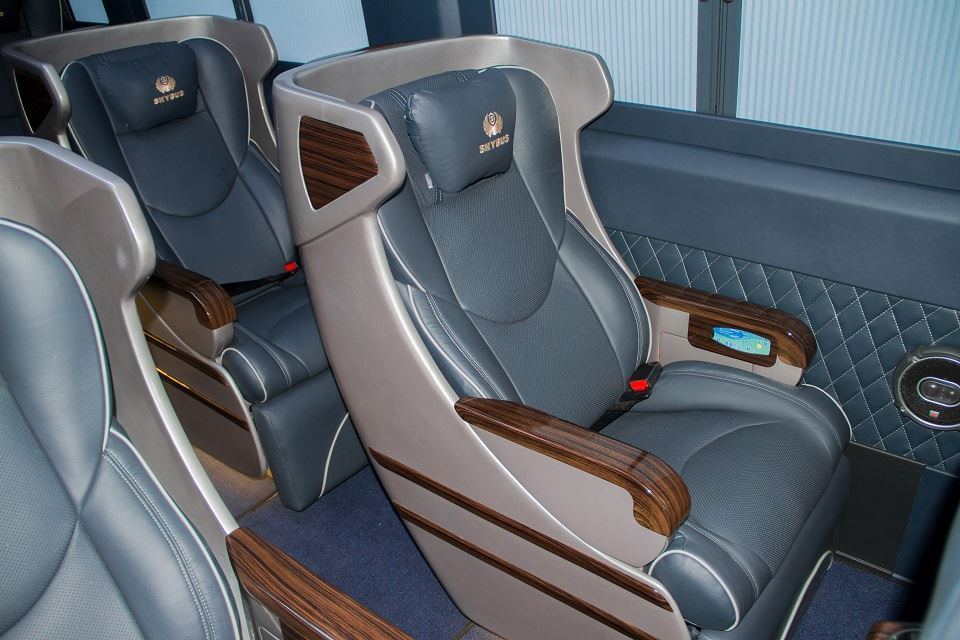 Solati Limousine Skybus Limited Edition 3