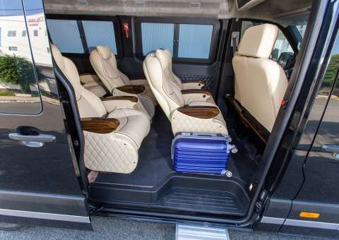 Solati Limousine 11 chỗ - SKYBUS Solati Money 3