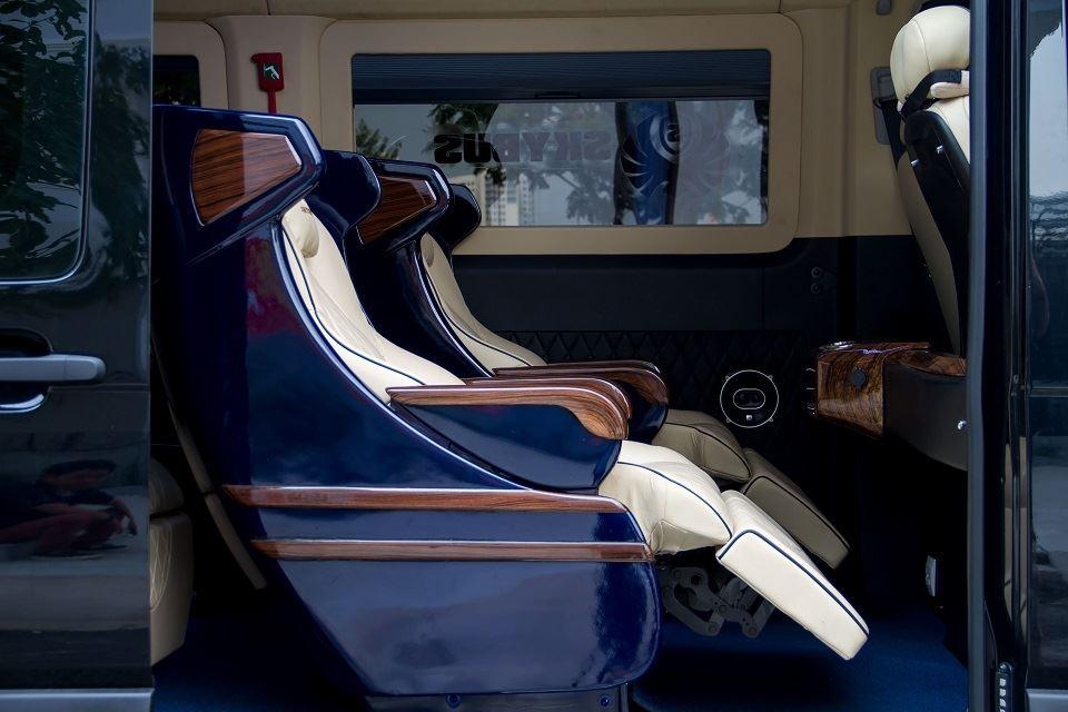 Xe Solati Limousine - Skybus Solati Bold