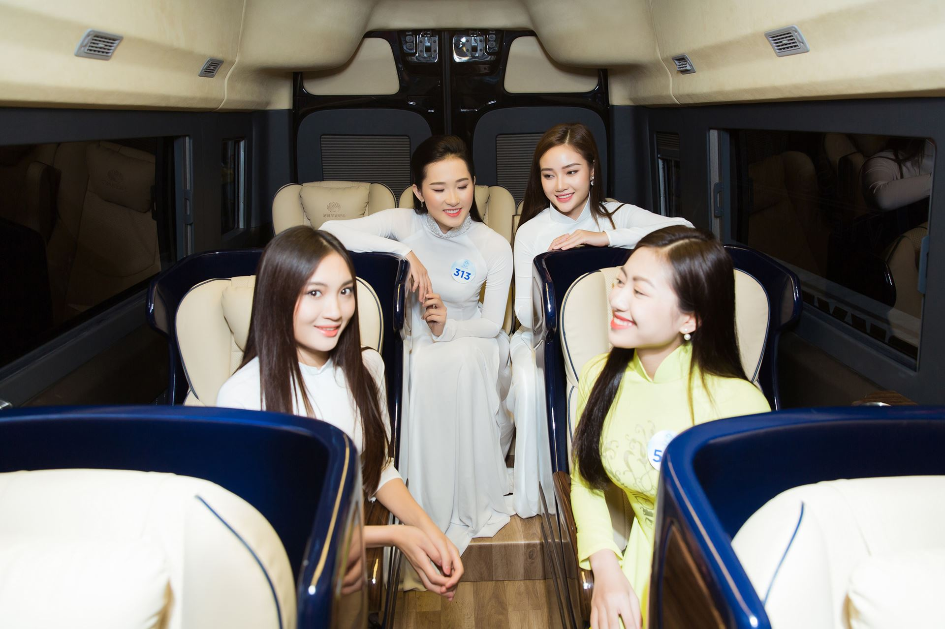 xe limousine Skybus & Miss World Vietnam 2019 - 8