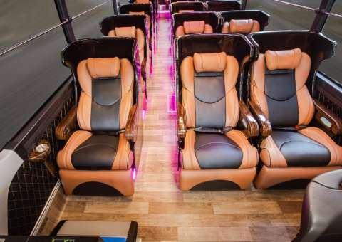 Skybus Gold - Universe Limousine 26 ghế nằm